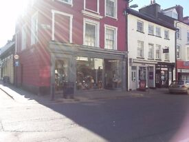 Shop to let, Aberystwyth Town Centre