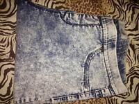 Size 14 acid washed and blue jeggings