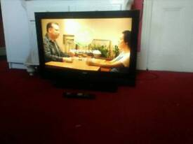 Tv with HDMI freeview