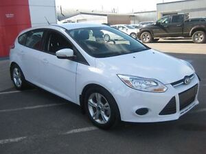 2014 Ford Focus SE | Low km's!