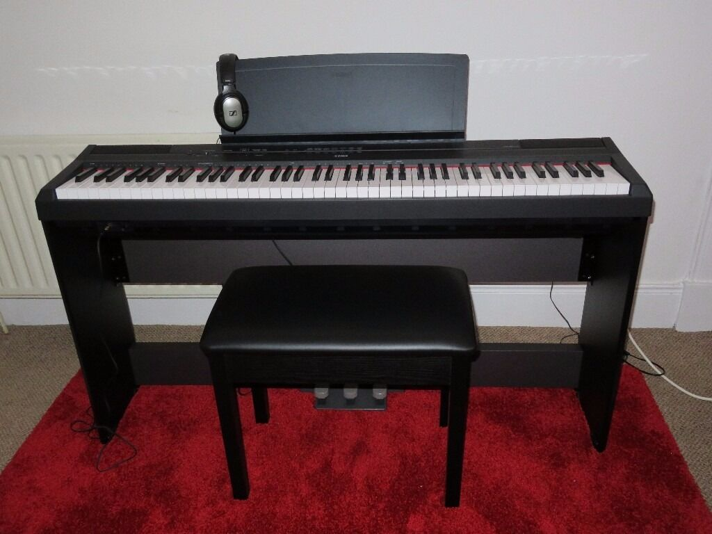 yamaha p115 keyboard with full matching stand and foot pedal suite in renfrew renfrewshire. Black Bedroom Furniture Sets. Home Design Ideas