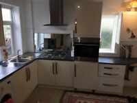 Kitchen-hob/oven/sink/taps/extractor fan/5 base units/3 drawers/oven housing unit/doors