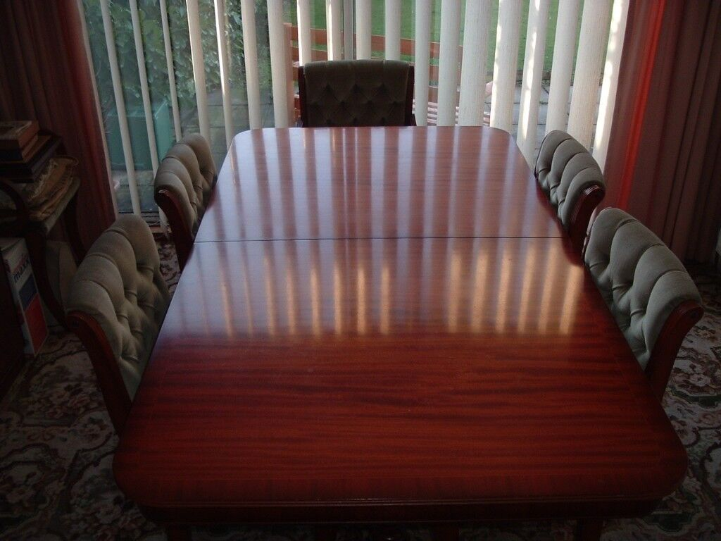 Reduced For Quick Sale Dining Table With 6 Chairs