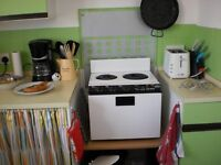 Baby belling electric cooker £30
