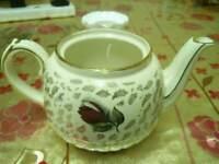 Sadler flower print teapot