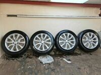 Genuine Land Rover Range Rover Alloys Alloy Wheels (4 new Michelin Tyres)