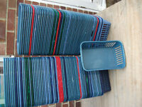 small plastic baskets in used condition but no damage 16cmx25cmx8cm