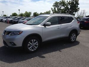 2014 Nissan Rogue SV AWD MAGS TOIT CAMERA EN ATENTE D'APPROABTIO