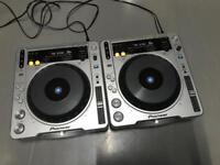 Pioneer CDJ 800 MK2 Pair DJ Decks + Cables
