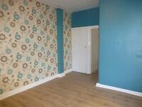 Spacious 2 Double Bedroom Ground floor flat with Garden and parking,
