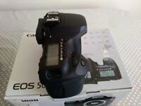 Canon EOS 50D Bundle (Immaculate Condition)
