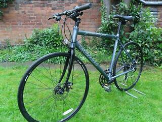 Lovely Carrera Gryphon Road Pro Gents Hybrid Bike.  Dual Disc.  Large Size