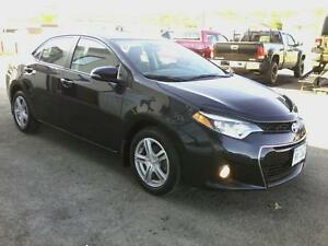2014 Toyota Corolla S 4-Speed AT