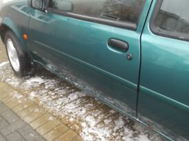 breaking ford fiesta 3 door, this listing is for the nearside door complete colour pacific green £40