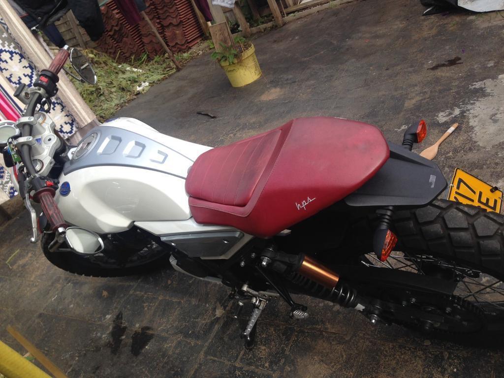 Mondial hps125