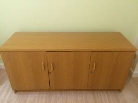 Brown cabinet for free in Calcot Reading