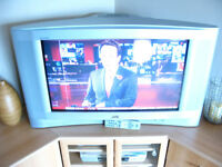 "JVC 32"" Interiart TV, CRT (old style) Dolby surround sound built in"