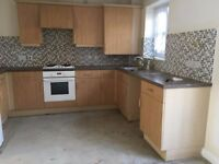Kitchen units perfect condition with sink and hood
