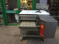 """21"""" GAS NEW PIZZA CONVEYOR BELT OVEN CATERING COMMERCIAL KITCHEN FAST FOOD RESTAURANT TAKE AWAY SHOP"""