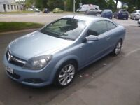 Vauxhall ASTRA Twin top Design,1796 cc Convertible,full MOT,hard top convertible,best of both worlds