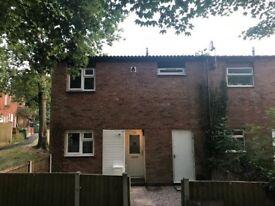 3 BEDROOM SEMI DETACHED HOUSE - TELFORD - REFURBISHED * - Landlord advert, No Agency Fees