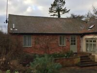 Twin room to rent in Annex in rural location Mon-Fri let