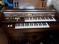 Yamaha electric organ in good working condition.Colection in person Northampton