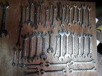 Large selection of spanners