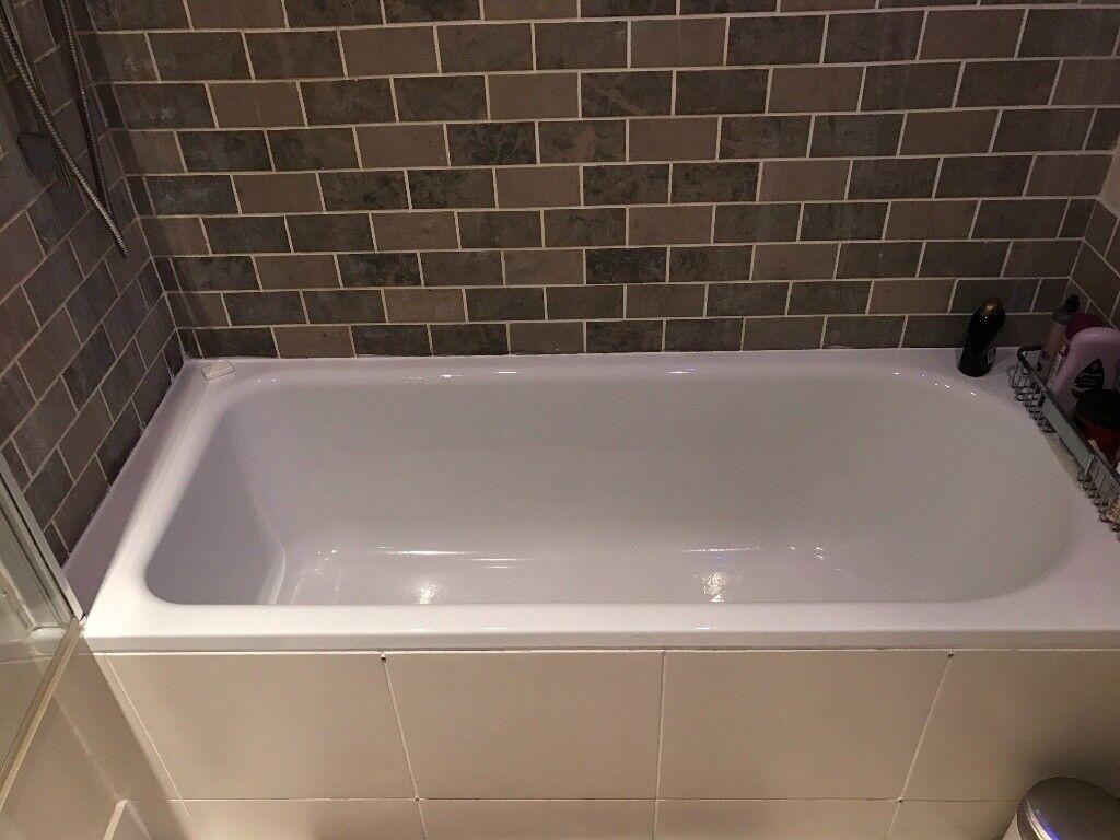 Bathroom fixtures (bath tub, sink, toilets, radiators)   in Barnes ...