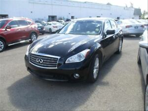 2012 Infiniti M37x AWD | Leather | NAV | Sunroof | LOW KMS