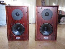Harbeth P3ESR hifi loudspeakers