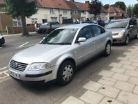 Vw passat, 1.9 TDI, 2004, mot 1 year, 2 keys, 2 keepers, A/C, climate tronic,the car works very good