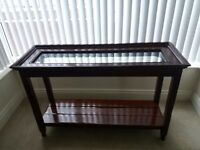 Console table and lamp table