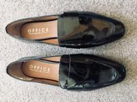 Office leather women shoe- brand new