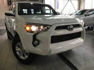 2015 Toyota 4Runner SR5 | Bluetooth | 4x4 | Keyless entry