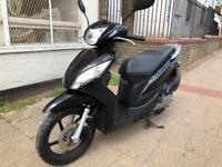 HONDA VISION 110 cc BLACK 16 plate stunning!!