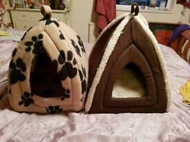 2 x cat beds