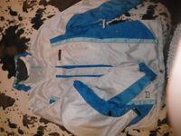 Ladies ski jacket, medium, as new, hardly worn, good quality, bought in Austrian ski resort