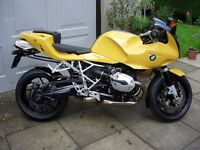 Excellent BMW R1200S Sport Motorcycle, with luggage, low miles.