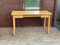 Solid wood desk with 2 draws