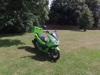 125cc Courier Moped riders & owner riders