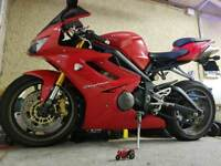 Red Triumph Daytona 675