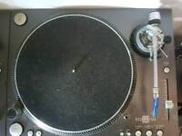 Stanton str8 150 turntables dj decks