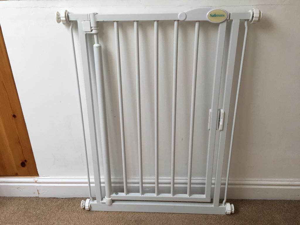 Safetots Narrow Self Closing Child Baby Stair Gate In Chorlton