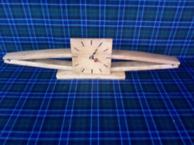 New Whisky Stave Oak Clock with battery operated quartz movement with 2nd hand