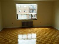 Bathurst and Finch: 521 and 523 Finch Avenue West, 2BR