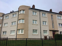 A beautiful second floor 3 bedroom flat To-Let for £550PCM