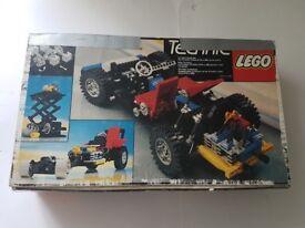 Vintage 80s LEGO Technic 8860 Auto incomplete