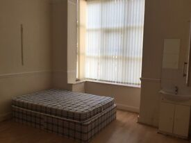 Available September-Large Double room Located in kensington Liverpool 6- All bills Included-