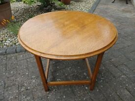 VINTAGE SOLID OAK COFFEE TABLE, 2FT DIAMETER